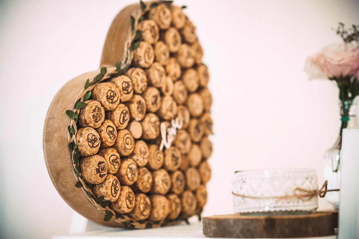 Korken von Flaschen für die DIY Hochzeit nutzen