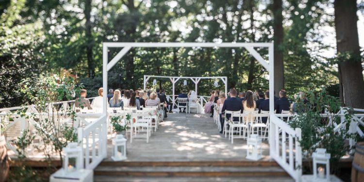 Rustikale Vintage-Hochzeit im Landhaus Westerhof