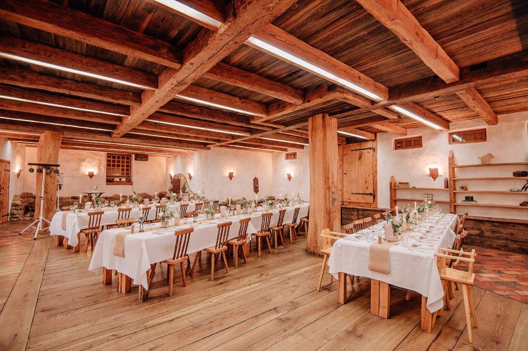 Raum für die Hochzeit auf dem Hasenöhrl-Hof in Bayrischzell