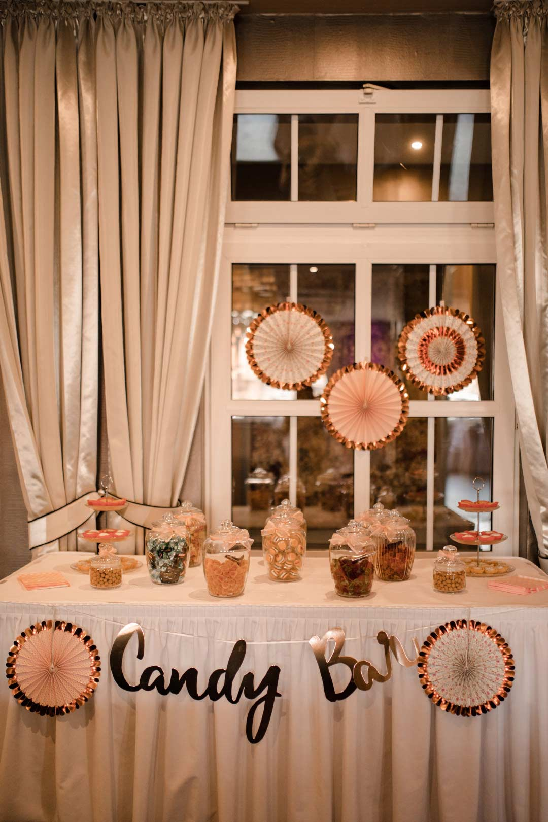 Candybar bei der Hochzeitsfeier