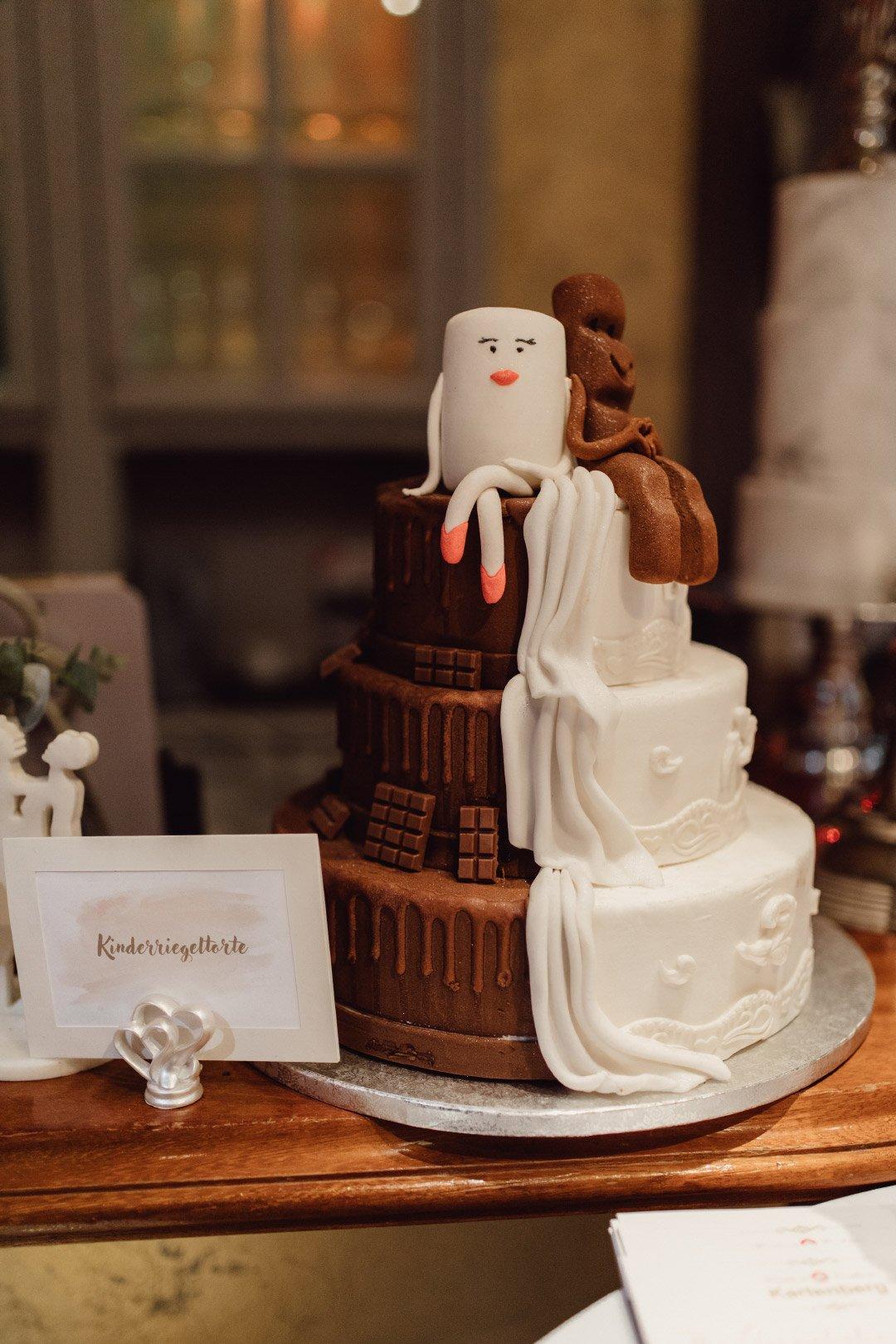 Geteilte Hochzeitstorte