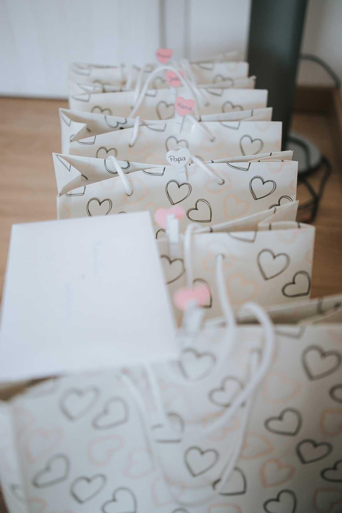 Geschenktüten für die Bridesmaid und Trauzeugin