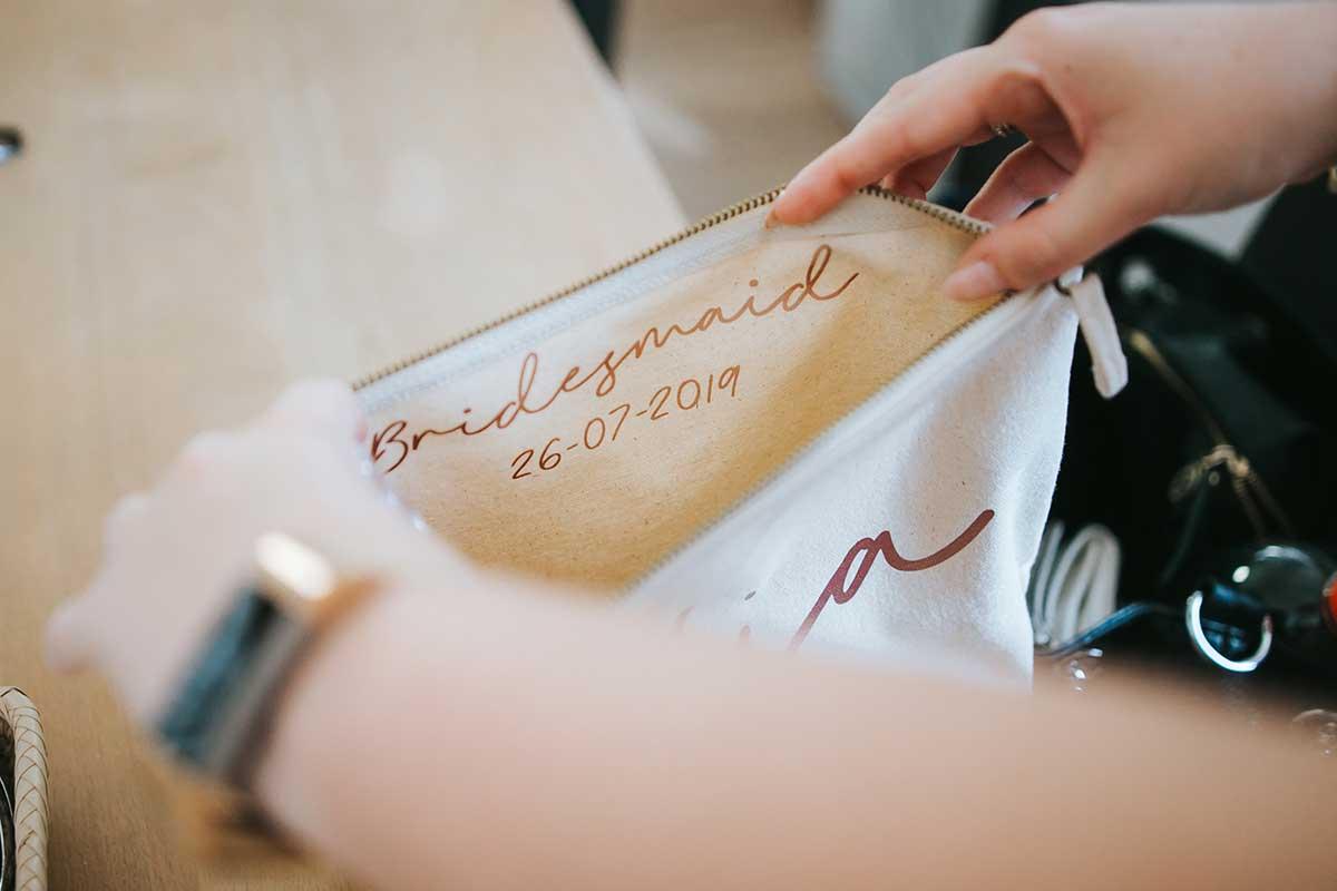 Personalisierte Clutch / Kosmetiktaschr für die Bridesmaid