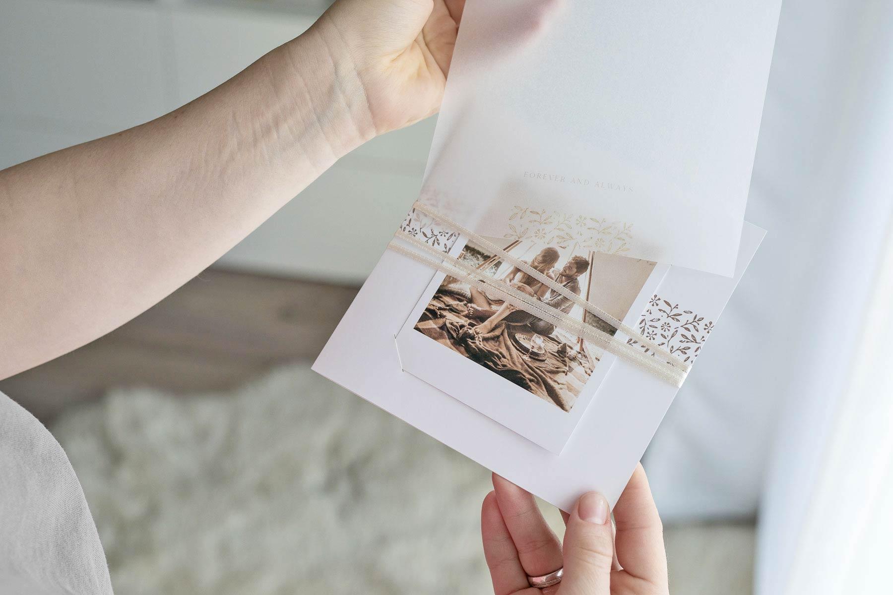 Neue Karten-Trends bei sendmoments für eure Hochzeit in 2020