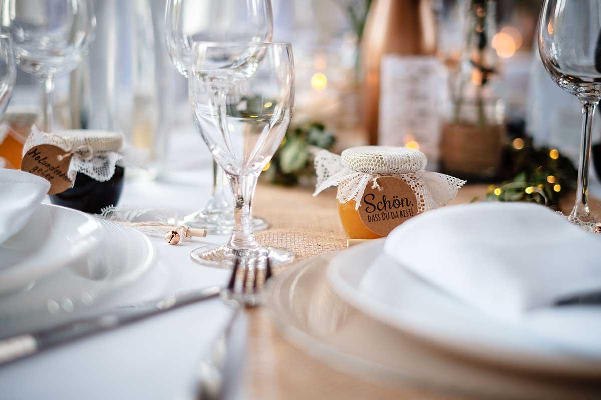 Marmelade als Gastgeschenk bei der Hochzeit