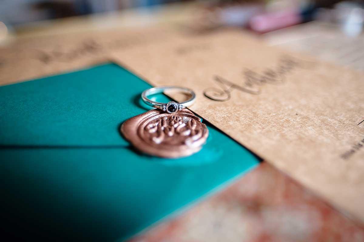 Siegel für die Hochzeitseinladung