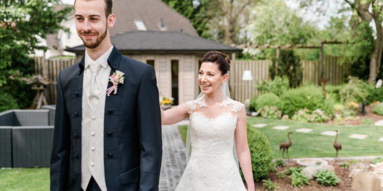First Look am Tag der Hochzeit – als Fotoshooting