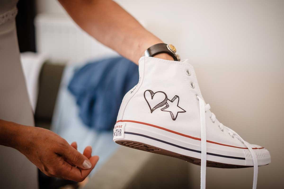 Personalisierte Converse für die Hochzeit