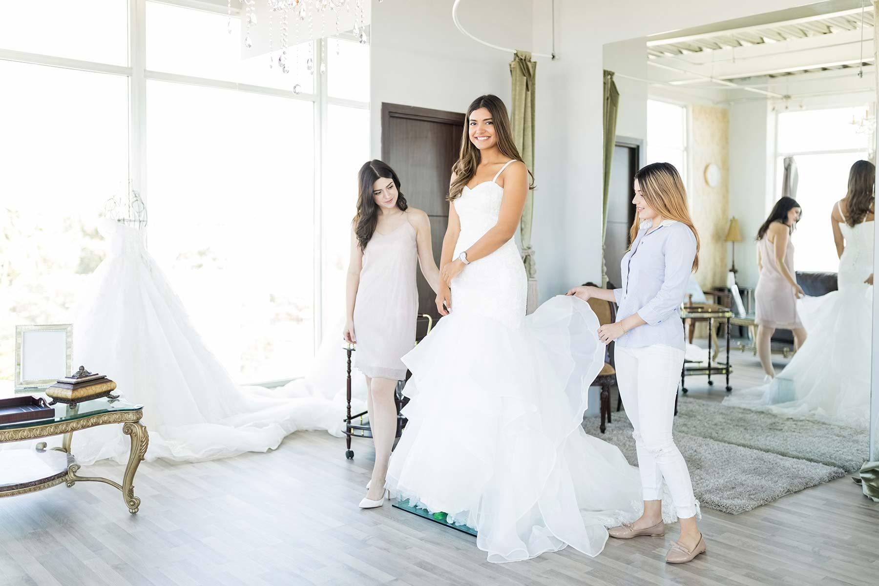 Brautkleid für den Tag der Hochzeit finden