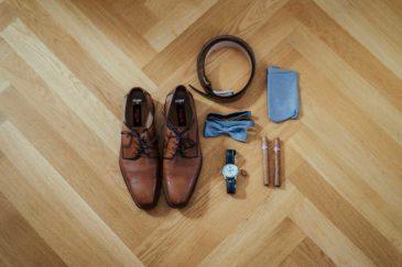 Accessoires von dem Bräutigam beim Getting Ready