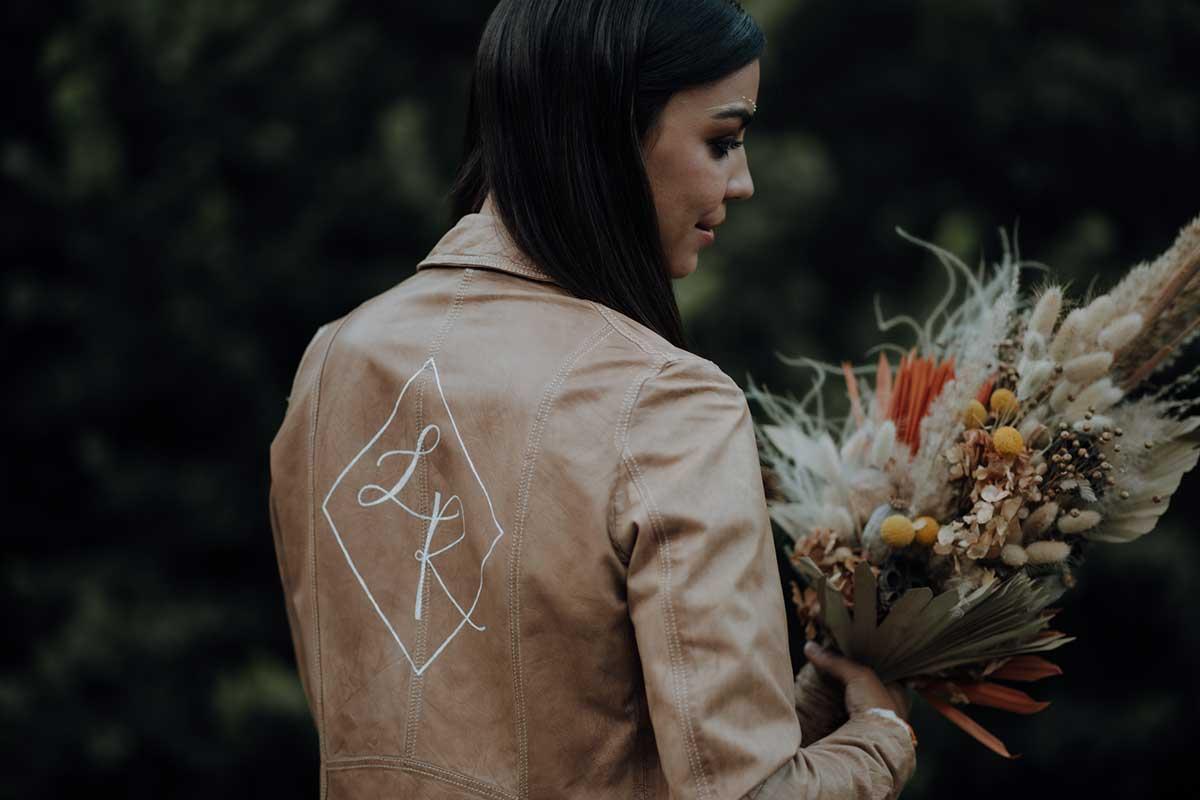 Personalisierte Lederjacke für die Braut