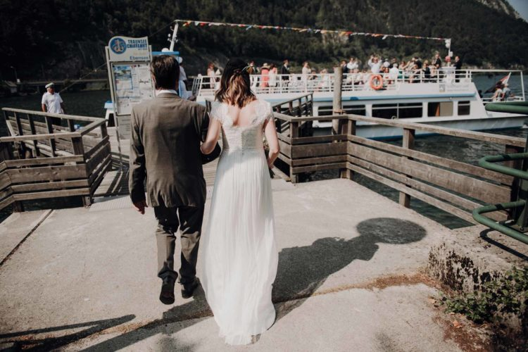 Trauung auf dem Schiff – Hochzeit zwischen Bergen und Seen