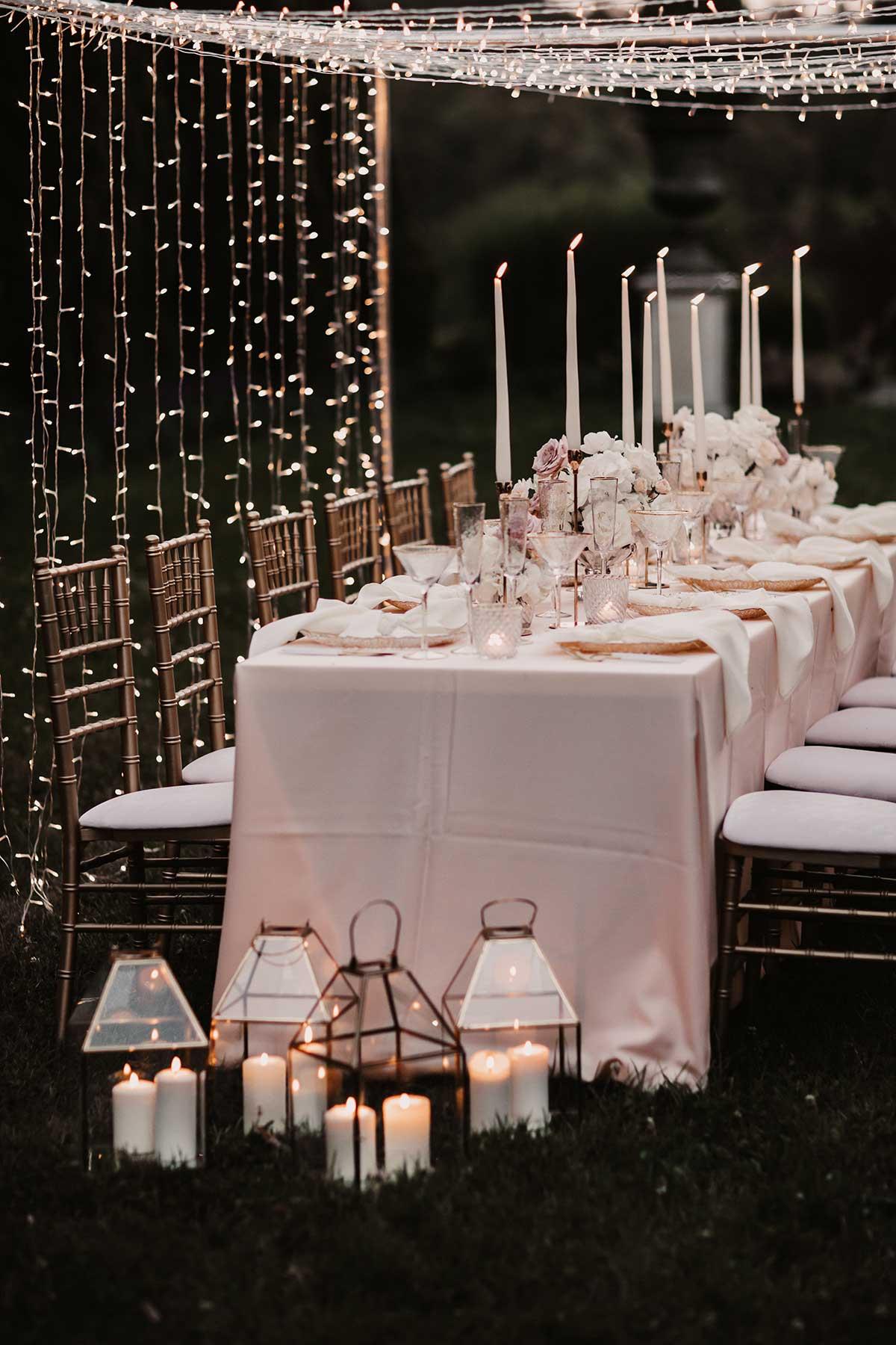 Klassische Tischdeko bei der Hochzeit