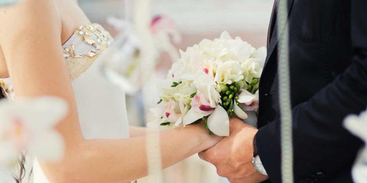 Hochzeit im sehr kleinen Kreis mit nur wenigen Gästen