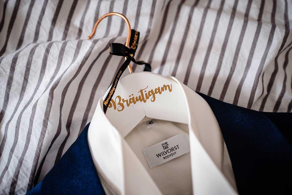 Bräutigam Kleiderbügel