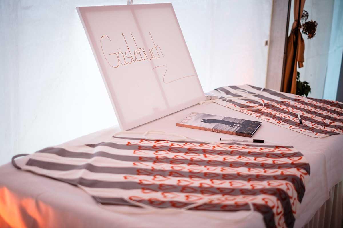 Gästebuch bei der Hochzeit