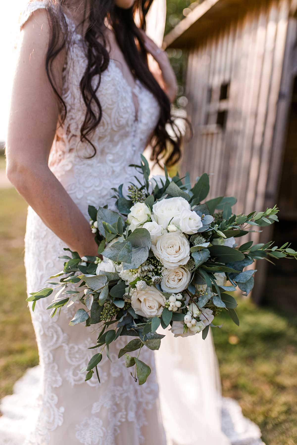 Brautstrauß im Greenery Chic Stil