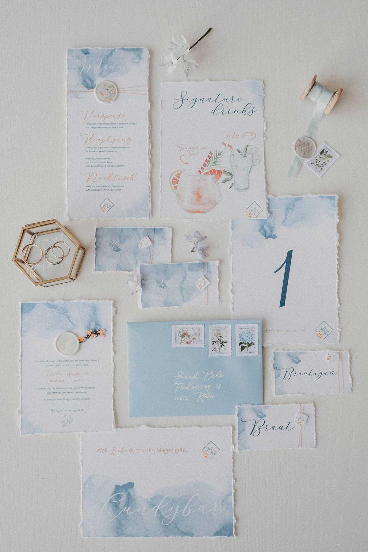 Taubenblaue Hochzeitspapeterie