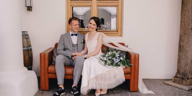 Hochzeit mit Neon Letters im Schloss Hohenkammer