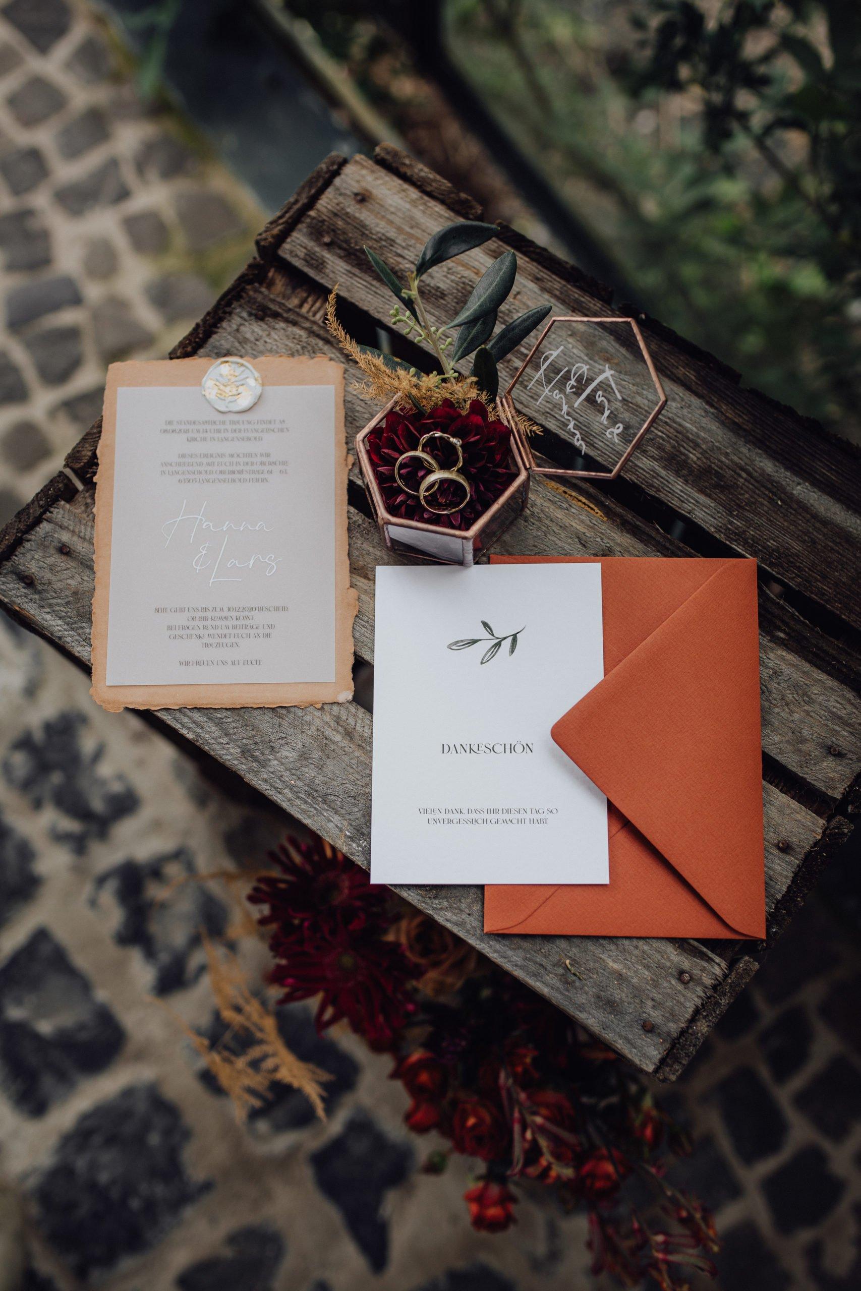 Papeterie zur Hochzeit in warmen Herbsttönen