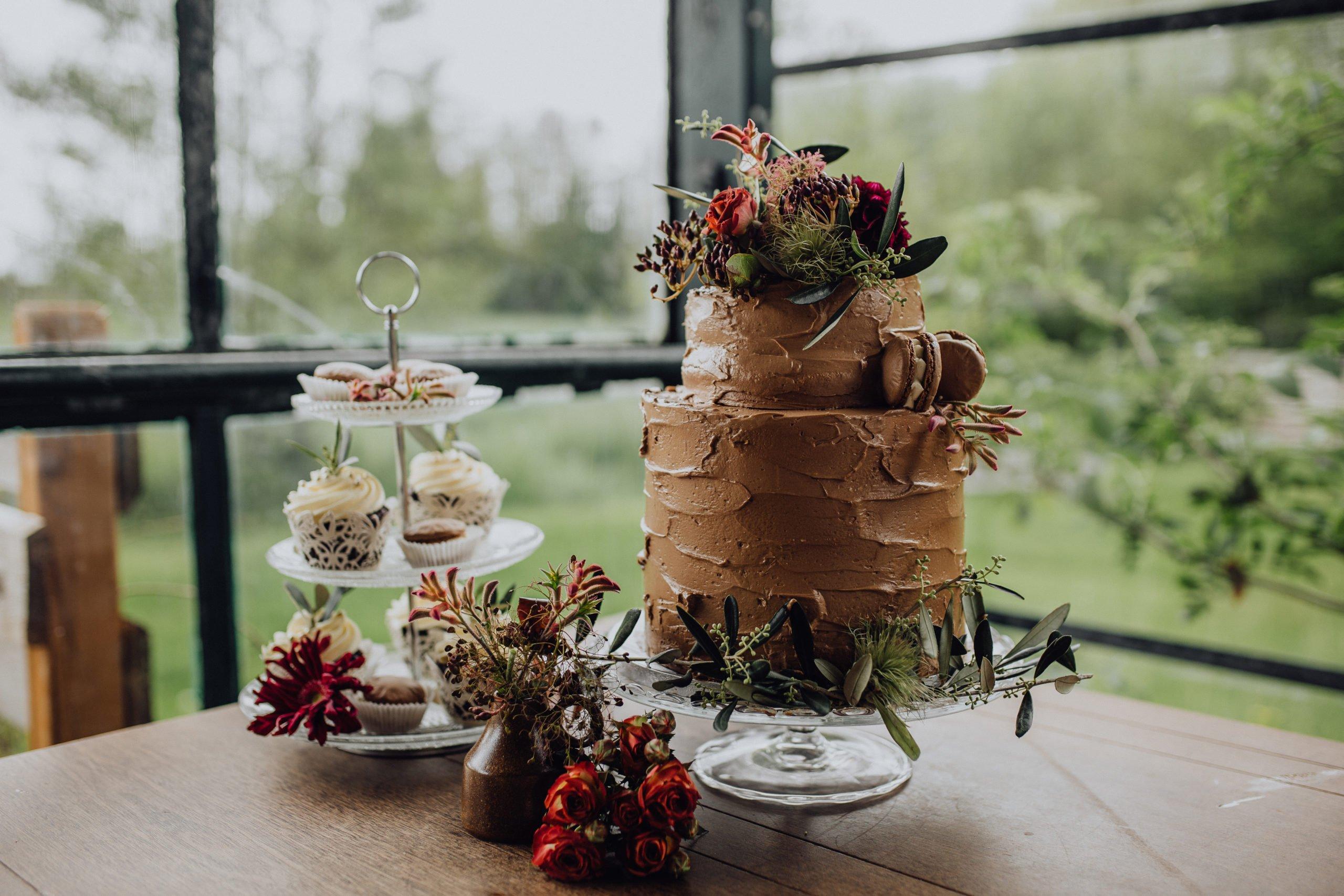 Hochzeitstorte mit Schokolade