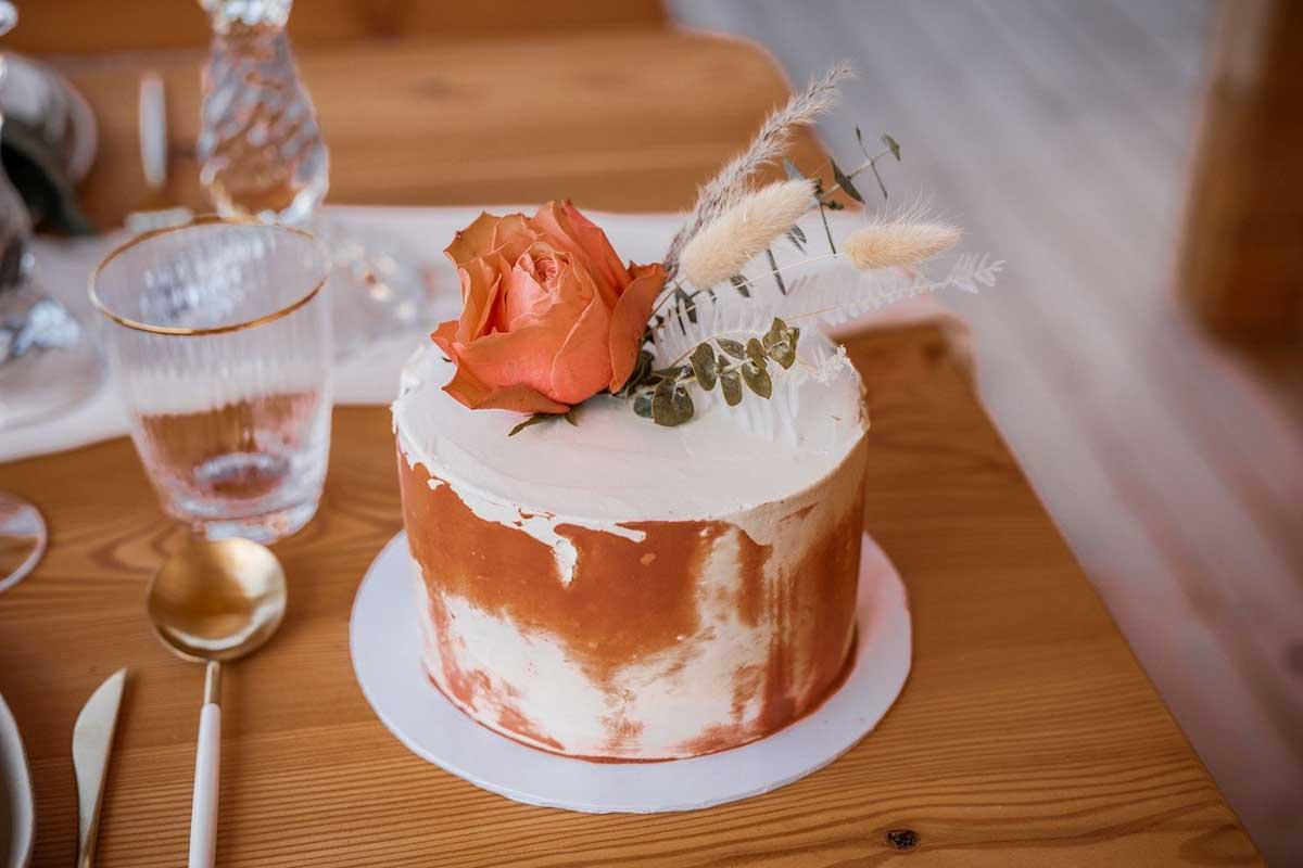 Kleine Hochzeitstorte